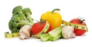 на фото фрукты и овощи для правильного питания при занятиях фитнесом