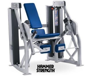 на картинке тренажеры hammer strength mts