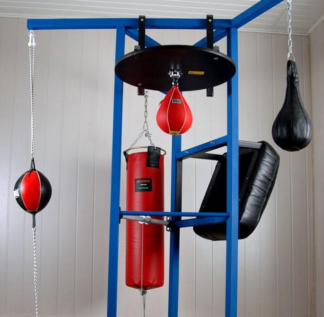 универсальный тренажёр для бокса