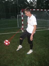 футбольный тренажер мяч на нитке