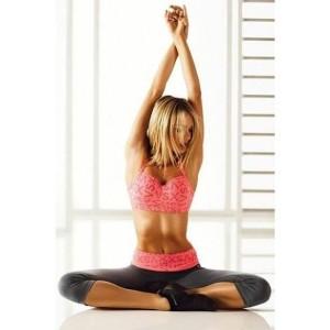 занятия йогой. упражнения на растяжку
