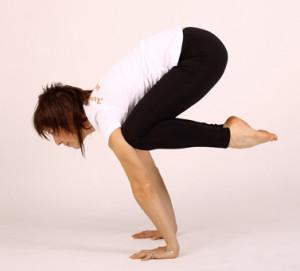 Поза журавля в йоге