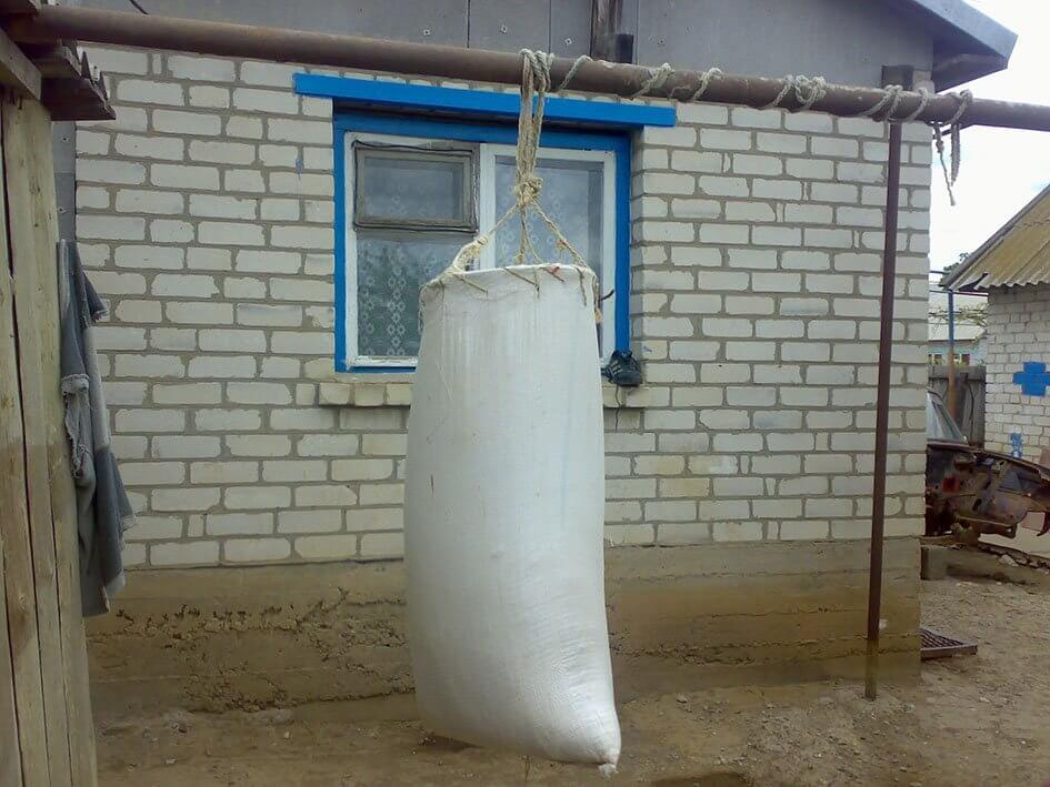 Самодельная боксерская груша