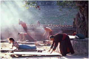 Секреты тибетских монахов лежат в их образе жизни