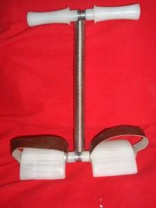 тренажёр для мышц брюшного пресса «пружинка»