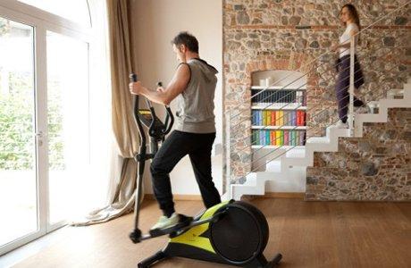 Выбор тренажера для дома: 10 аргументов в пользу домашнего мини-спортзала