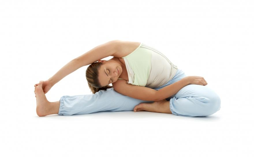 Подборка видео уроков йоги для начинающих (утренний, расслабляющий, разогревающий комплекс и упражнения для живота)