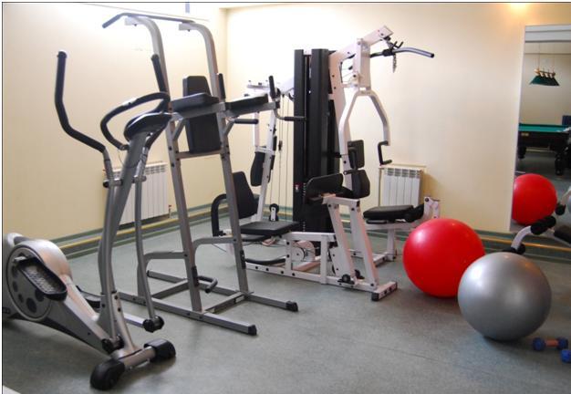 силовые и кардио тренажеры на все группы мышц