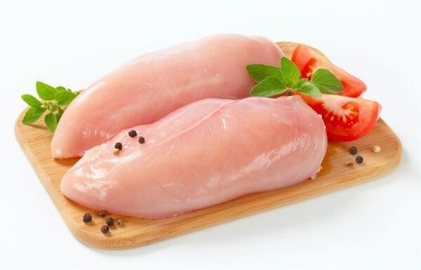 Употребление куриного мяса на третий день лепестковой диеты