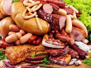 Колбасные изделия с высоким уровнем калорийности