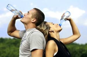 Обязательный прием воды во время занятий спортом